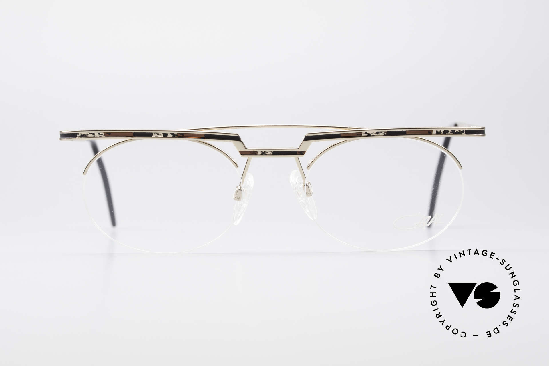 Cazal 758 Original 90s Vintage Glasses, great geometrical play (oval & square, at the same time), Made for Men and Women