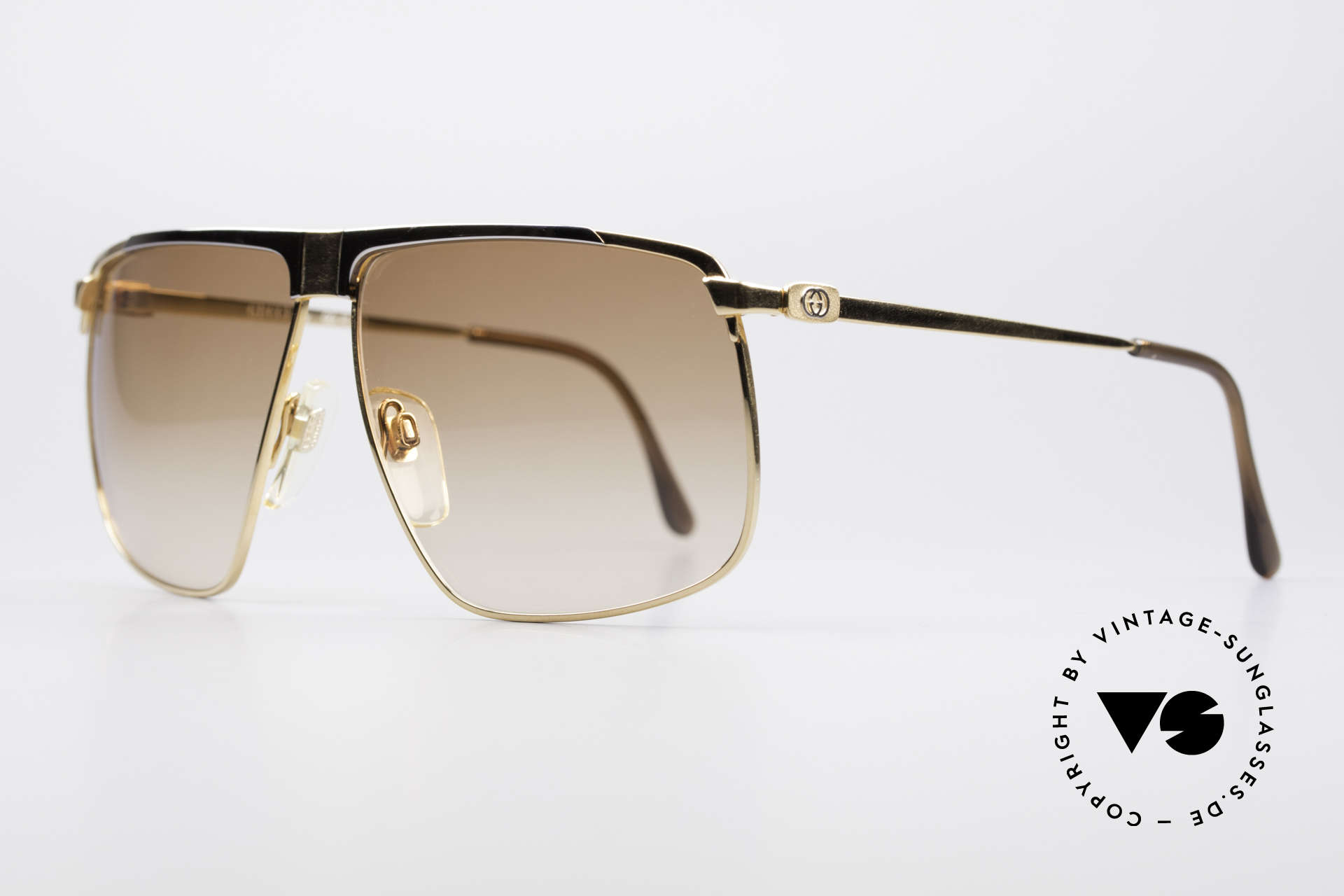 Gucci GG40 22kt Gold-Plated Sunglasses, with the famous Gucci symbol (2 connected stirrups), Made for Men
