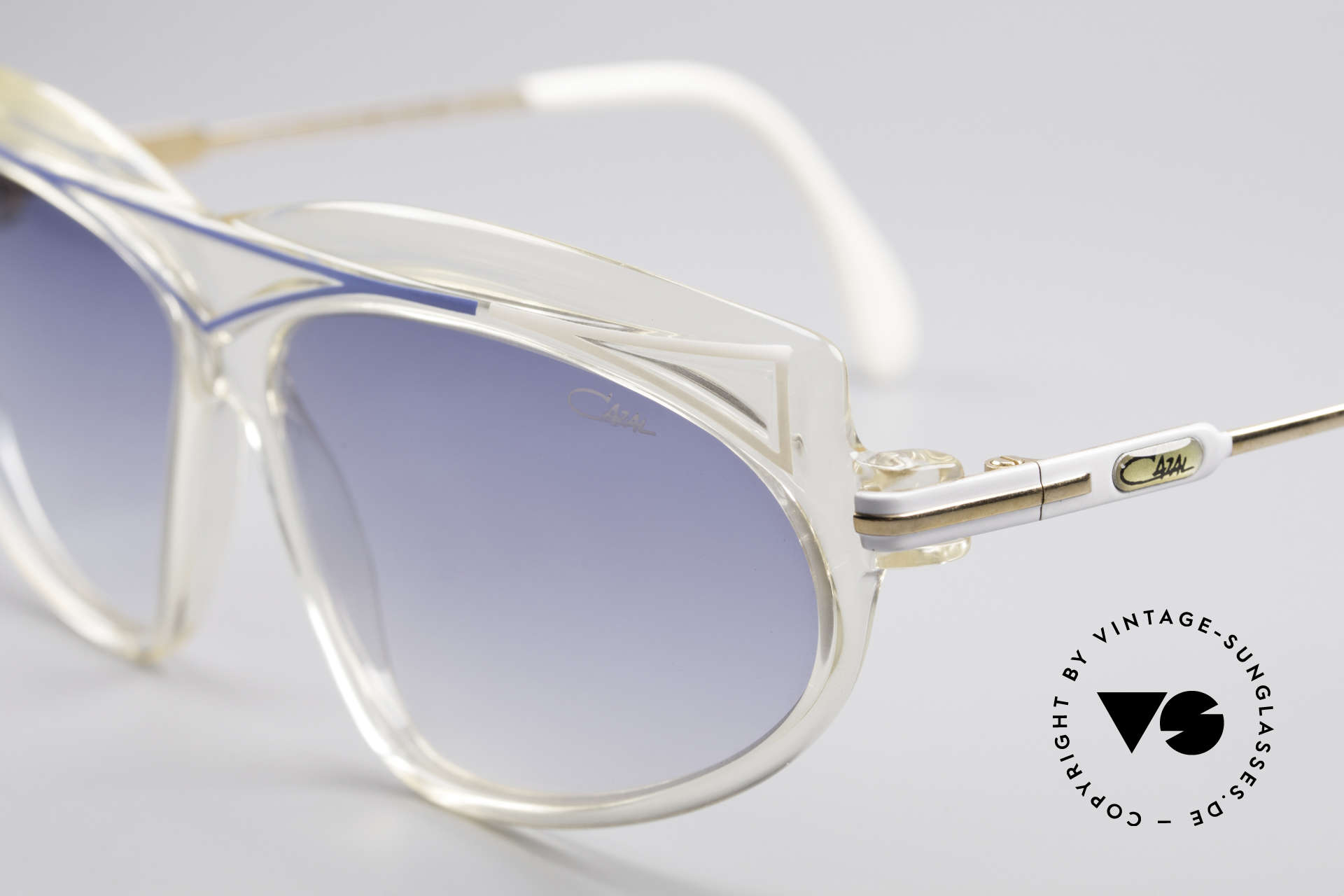 Cazal 854 True Vintage XL HipHop Shades, typical 80's frame coloring & design: true eye-catcher, Made for Women