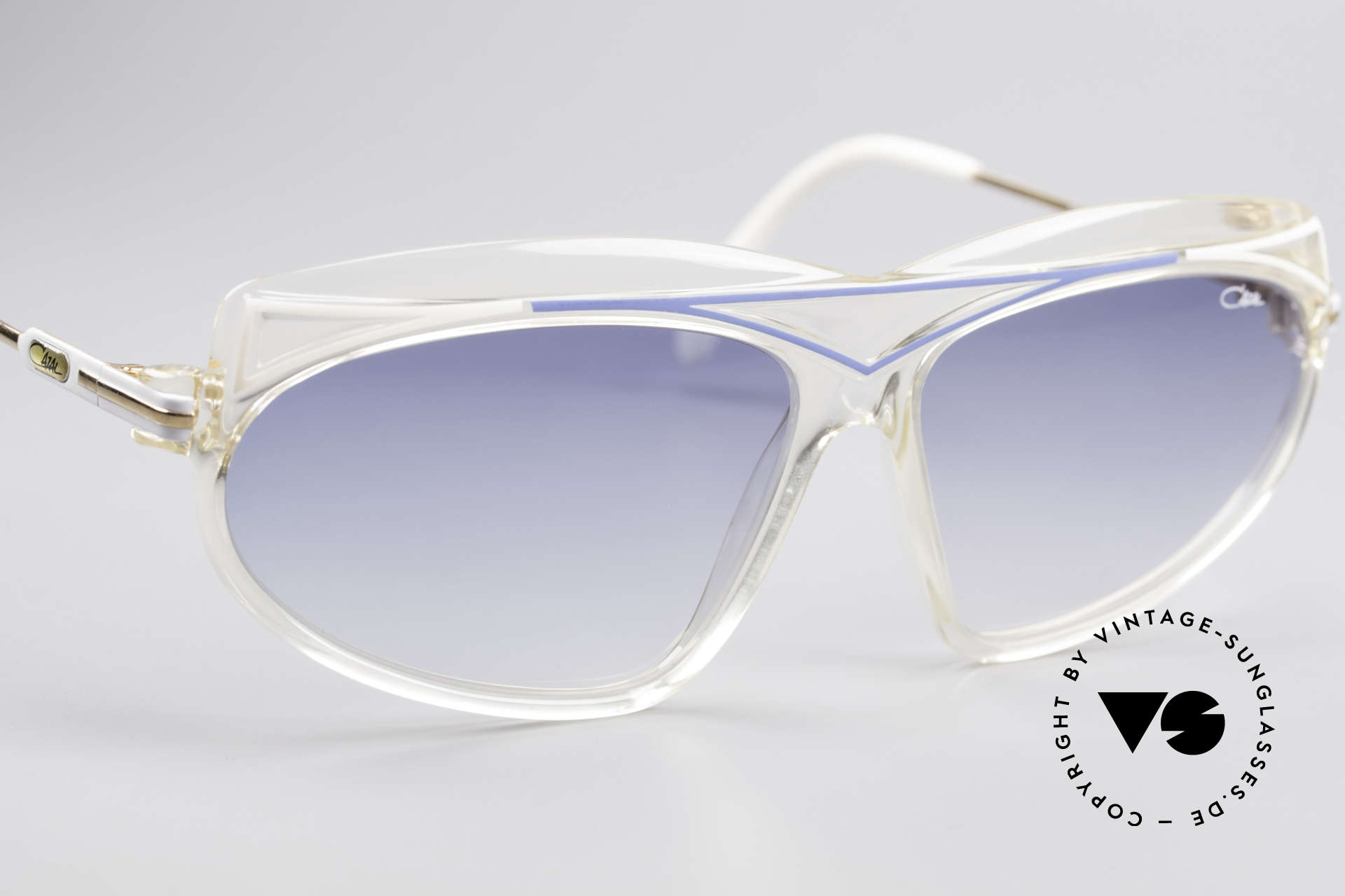 Cazal 854 True Vintage XL HipHop Shades, unworn and with original Cazal case (collector's item), Made for Women