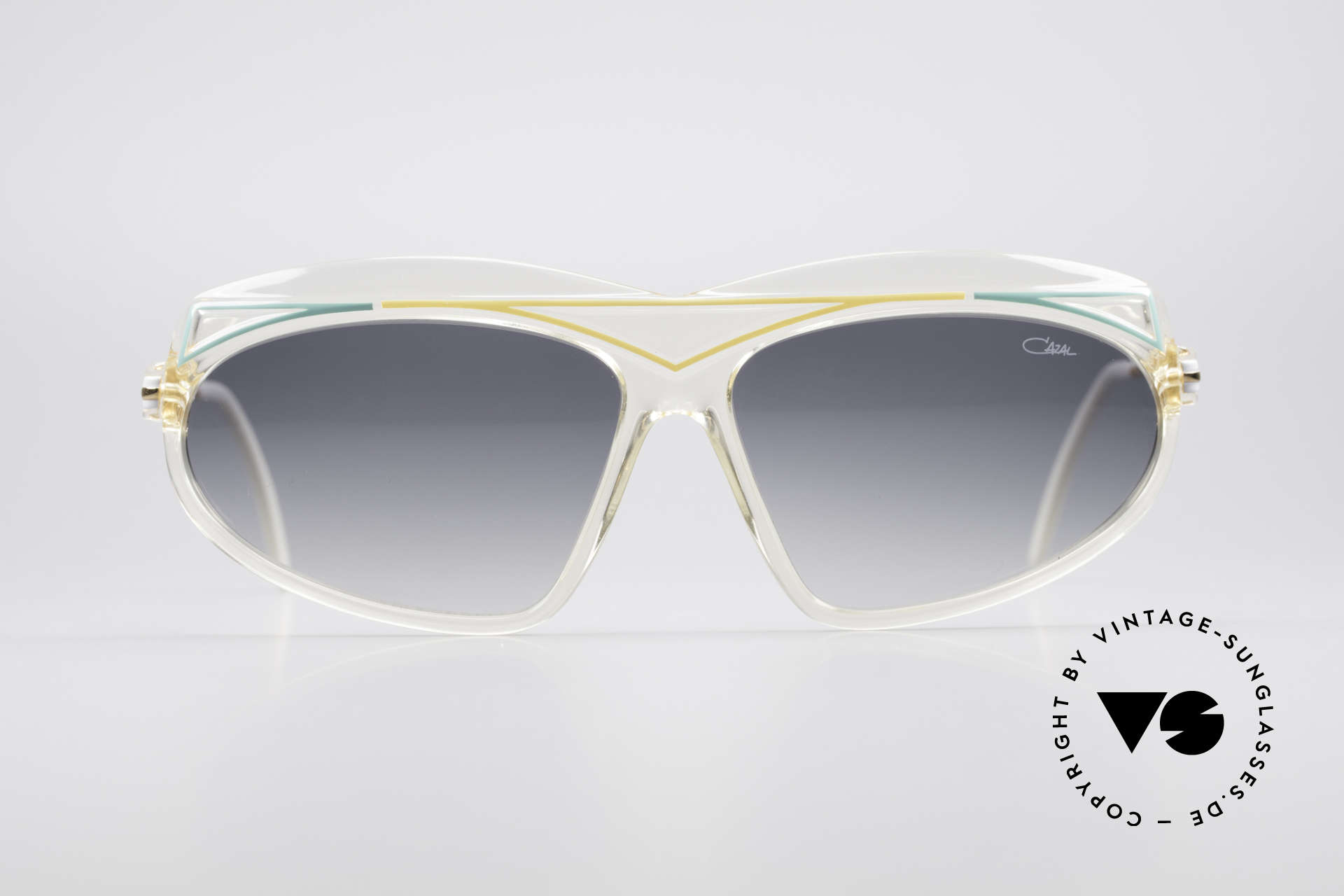 Cazal 854 XL True Vintage Hip Hop Shades, part of the famous US HIP-HOP scene in the 1980's, Made for Women