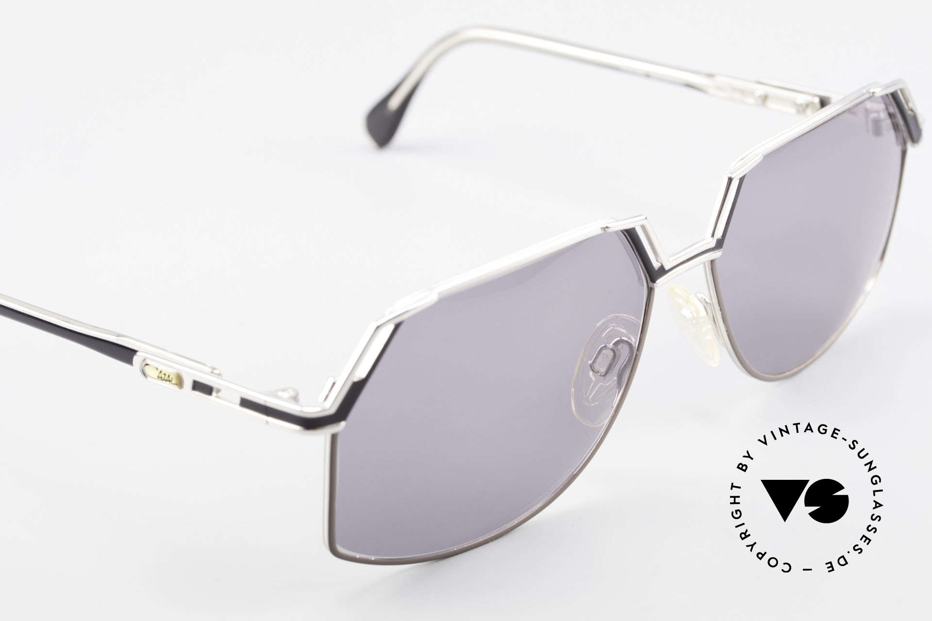 Cazal 738 True Vintage Sunglasses, the frame is made for lenses of any kind (optical / sun), Made for Men