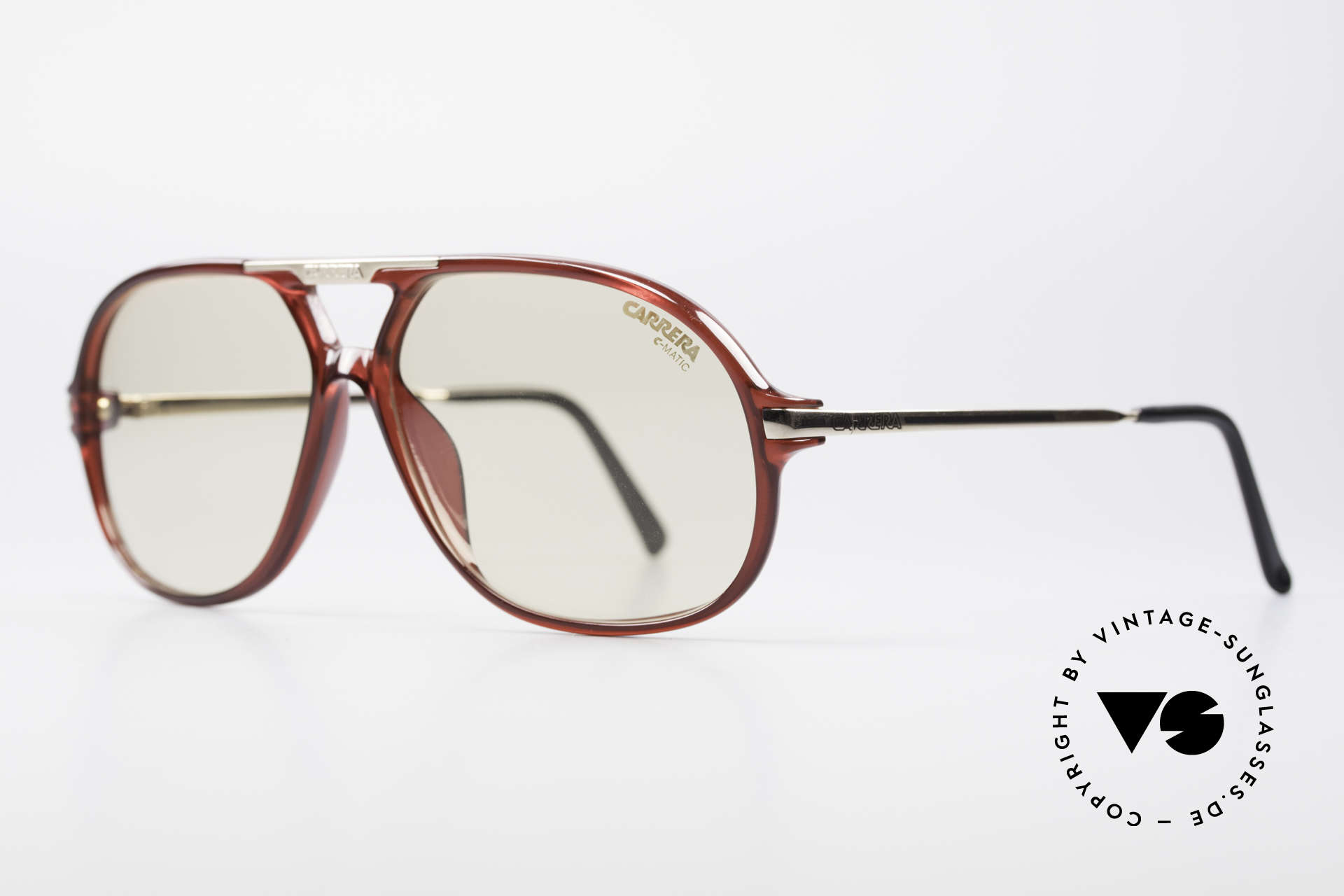 Carrera 5411 C-Matic Extra Changeable Sun Lenses, lenses are darker in the sun and lighter in the shade, Made for Men