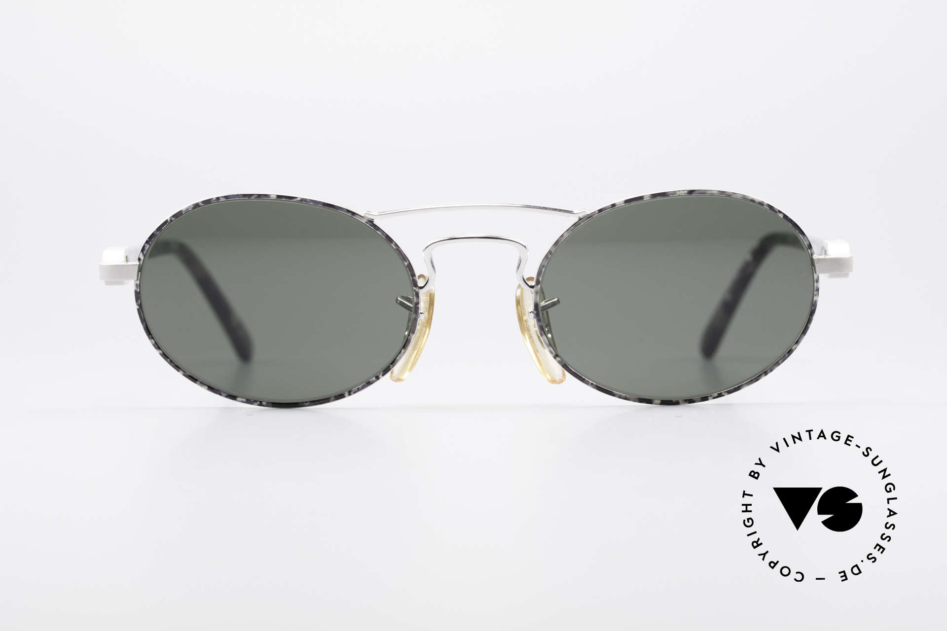 Ray Ban Chaos Oval 90's B&L USA Shades W2009, classic unisex designer sunglasses from the mid 90's, Made for Men and Women
