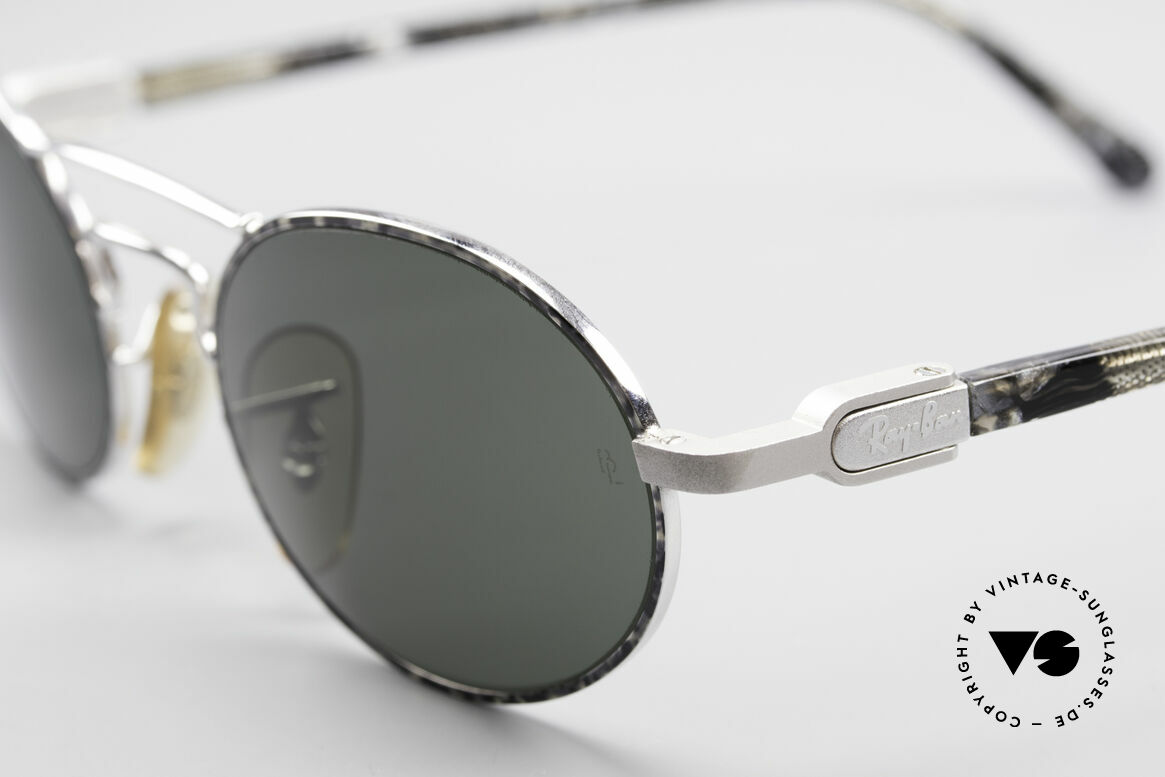 Ray Ban Chaos Oval 90's B&L USA Shades W2009, legendary mineral lenses: scratch-resistant, 100% UV, Made for Men and Women