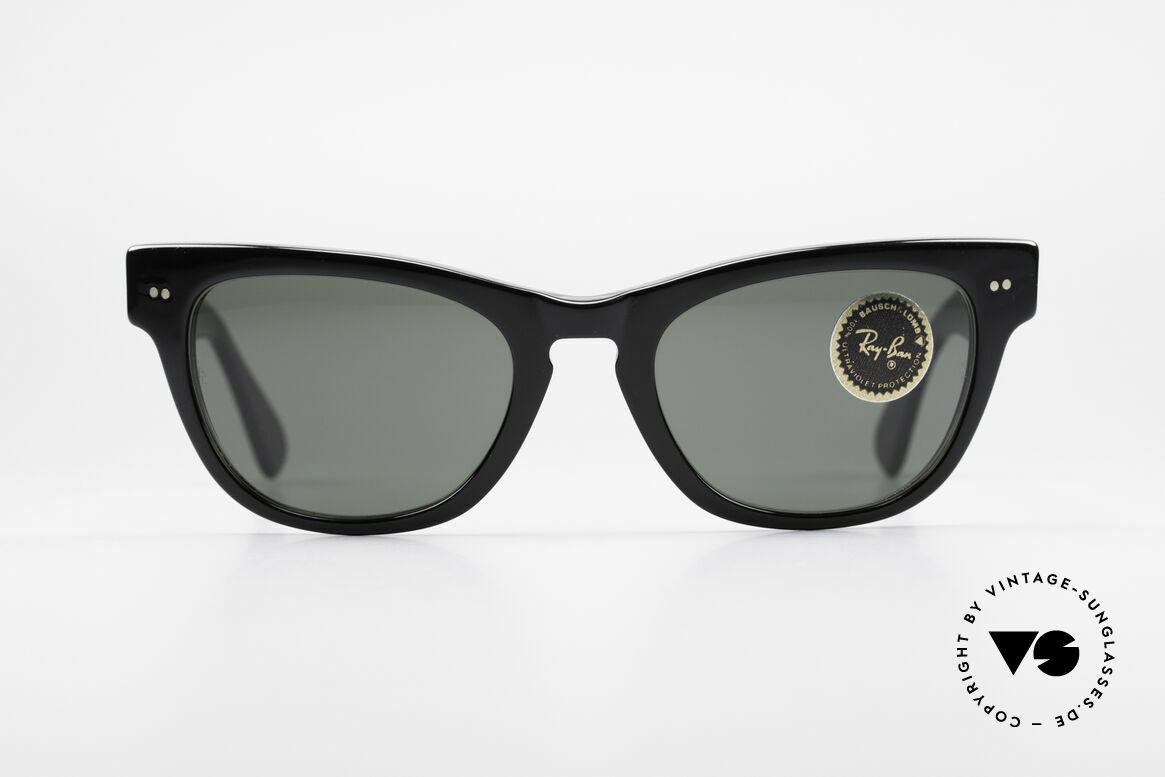 Ray Ban Laramie B&L Vintage Ladies Sunglasses, precious, curved frame with B&L lenses; 100% UV, Made for Women