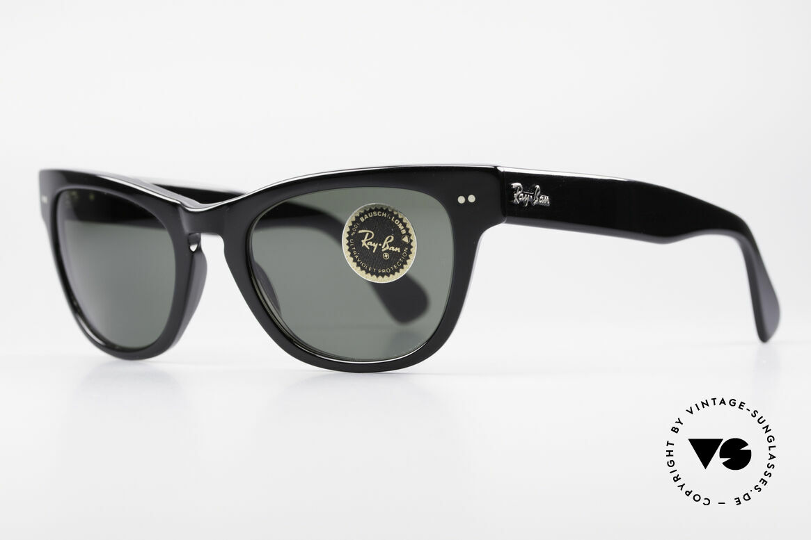 Ray Ban Laramie B&L Vintage Ladies Sunglasses, the Wayfarer for ladies (just glamorous and chic), Made for Women