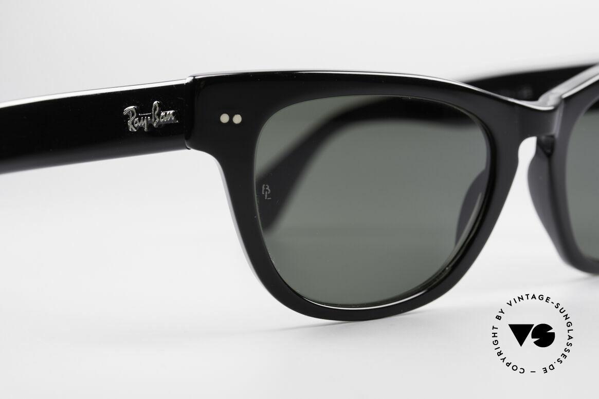 Ray Ban Laramie B&L Vintage Ladies Sunglasses, old Bausch&Lomb original; NO RETRO sunglasses, Made for Women