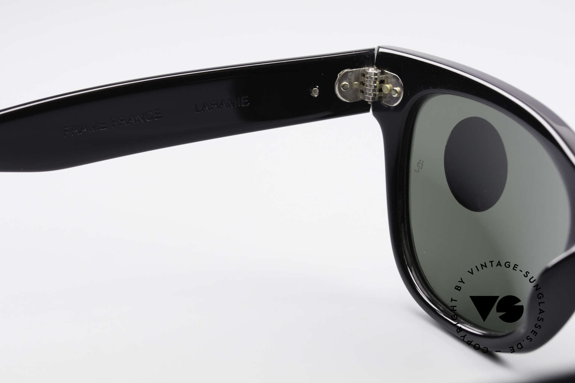Ray Ban Laramie B&L Vintage Ladies Sunglasses, the frame could be glazed with optical lenses, too, Made for Women