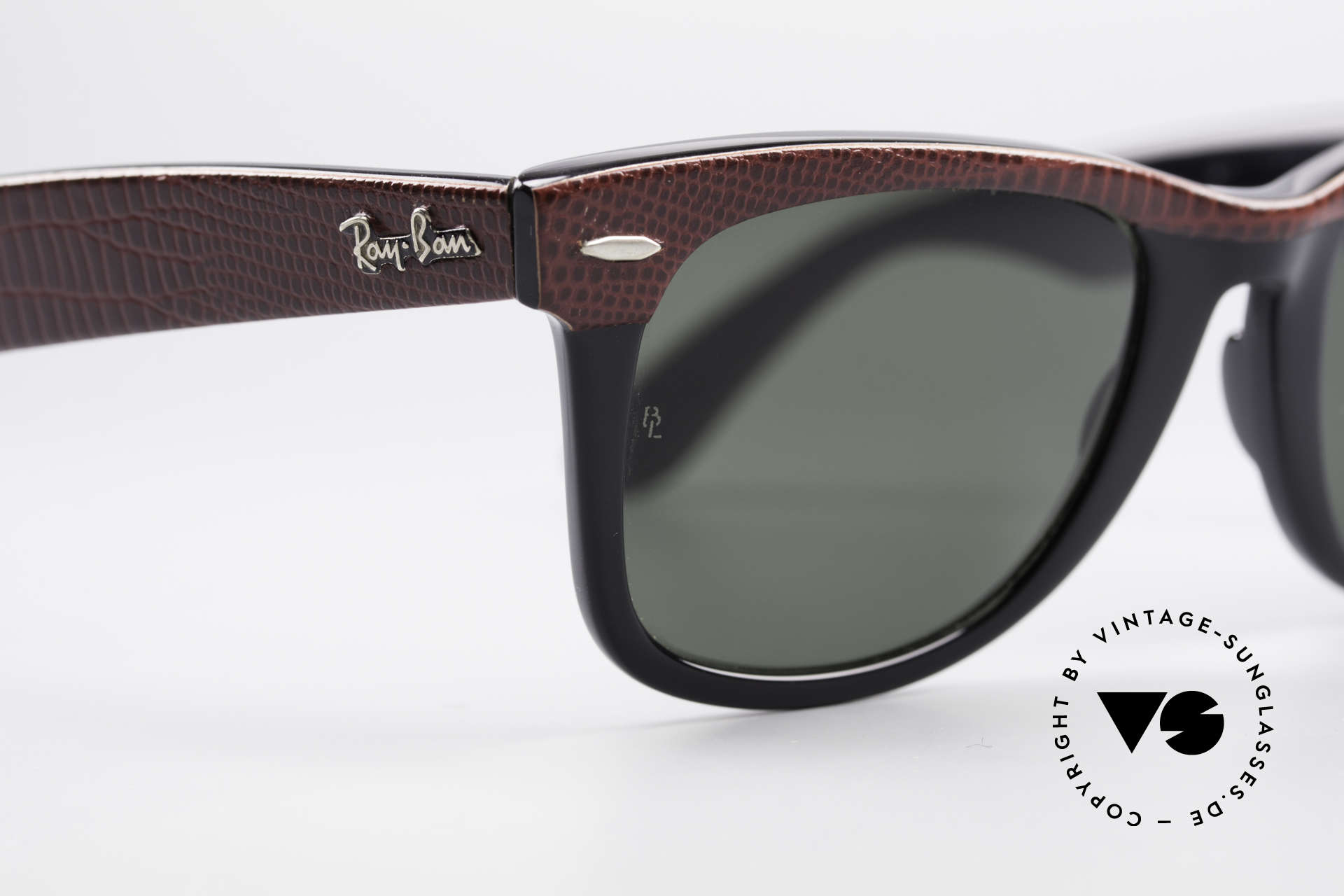 Ray Ban Wayfarer I Limited Leather Sunglasses, unworn rarity, NOS (meanwhile, a collector's item), Made for Men and Women