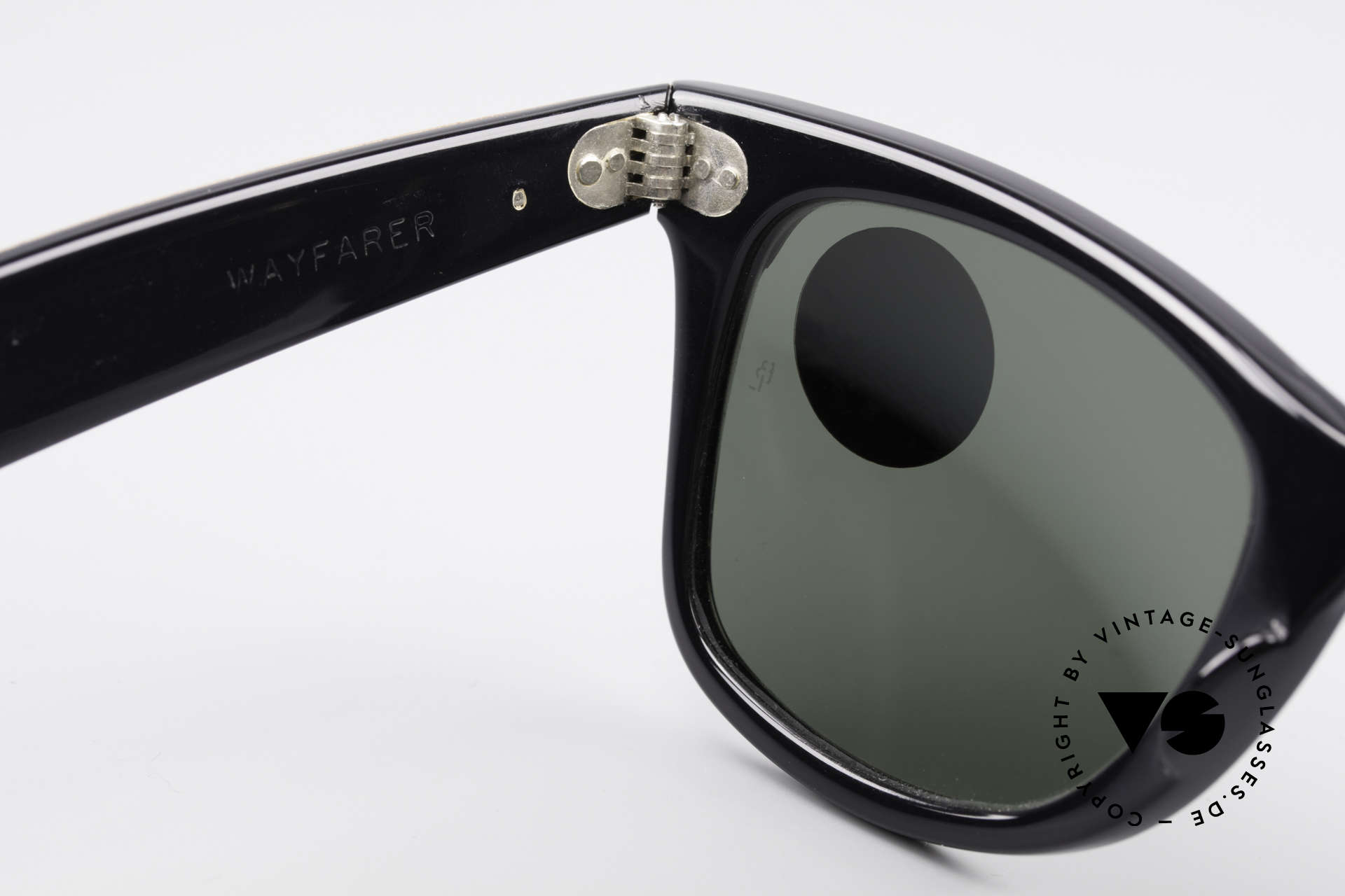Ray Ban Wayfarer I Limited Leather Sunglasses, NO retro Italy-Wayfarer; an old 80's USA ORIGINAL, Made for Men and Women