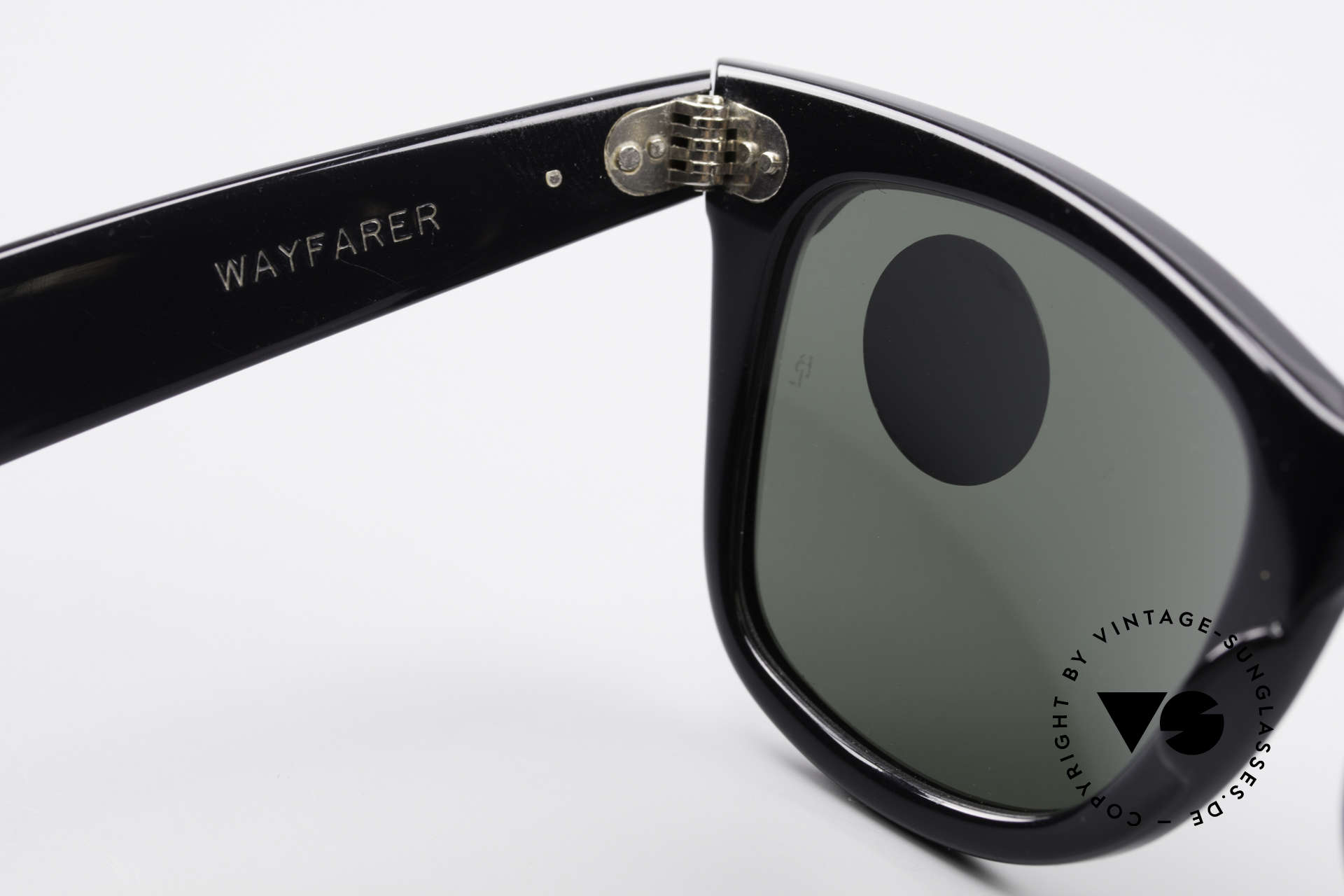 Ray Ban Wayfarer I Old 80's Sunglasses B&L USA, NO retro Italy-Wayfarer; an old 80's USA ORIGINAL, Made for Women
