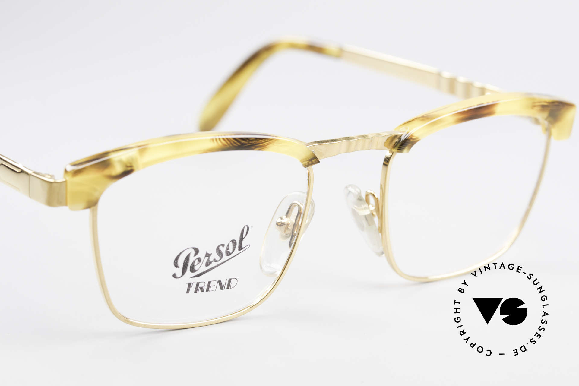 Persol Inge Ratti Gold Plated Vintage Glasses, never worn (like all our vintage Persol eyewear), Made for Men