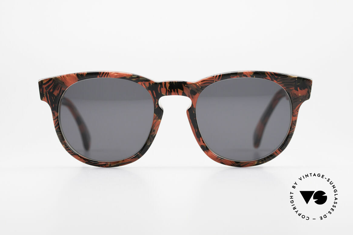 Alain Mikli 903 / 687 80's Panto Sunglasses Small, classic 'panto'-design with an interesting pattern, Made for Men and Women