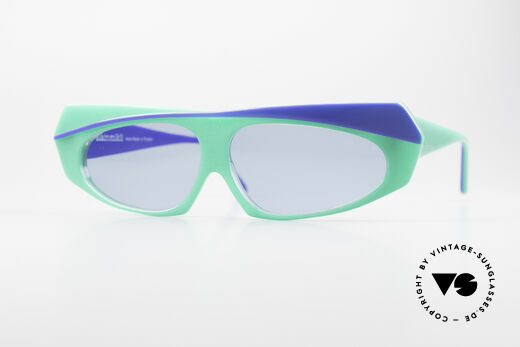 Alain Mikli 078 / 077 80's Eye-Catcher Sunglasses Details