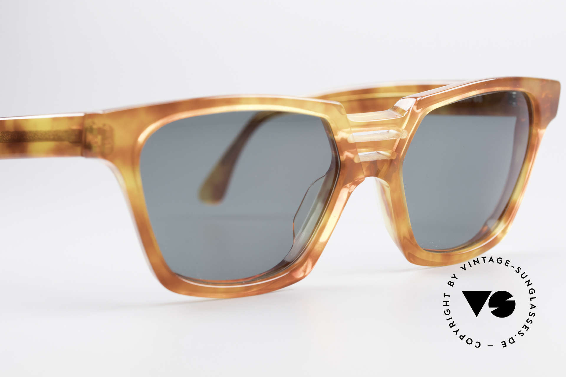 Alain Mikli 0145 / 033 Striking 1980's Sunglasses, NO RETRO SHADES, but a 30 years old ORIGINAL!!, Made for Men and Women