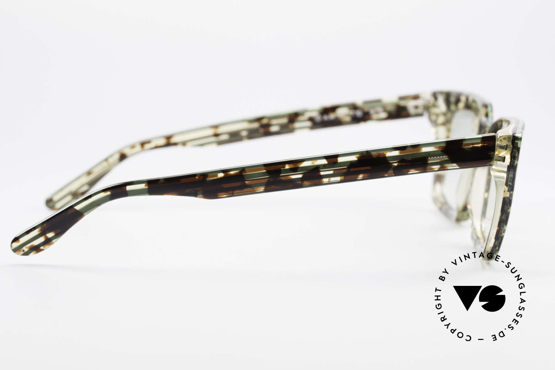Alain Mikli 710 / 825 Extraordinary 80's Frame, lenses could be replaced with prescriptions, if needed, Made for Men and Women