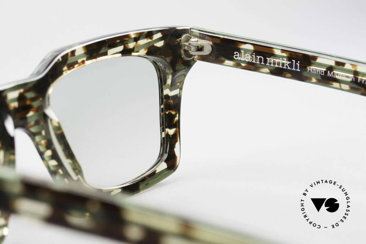 Alain Mikli 710 / 825 Extraordinary 80's Frame, Size: medium, Made for Men and Women