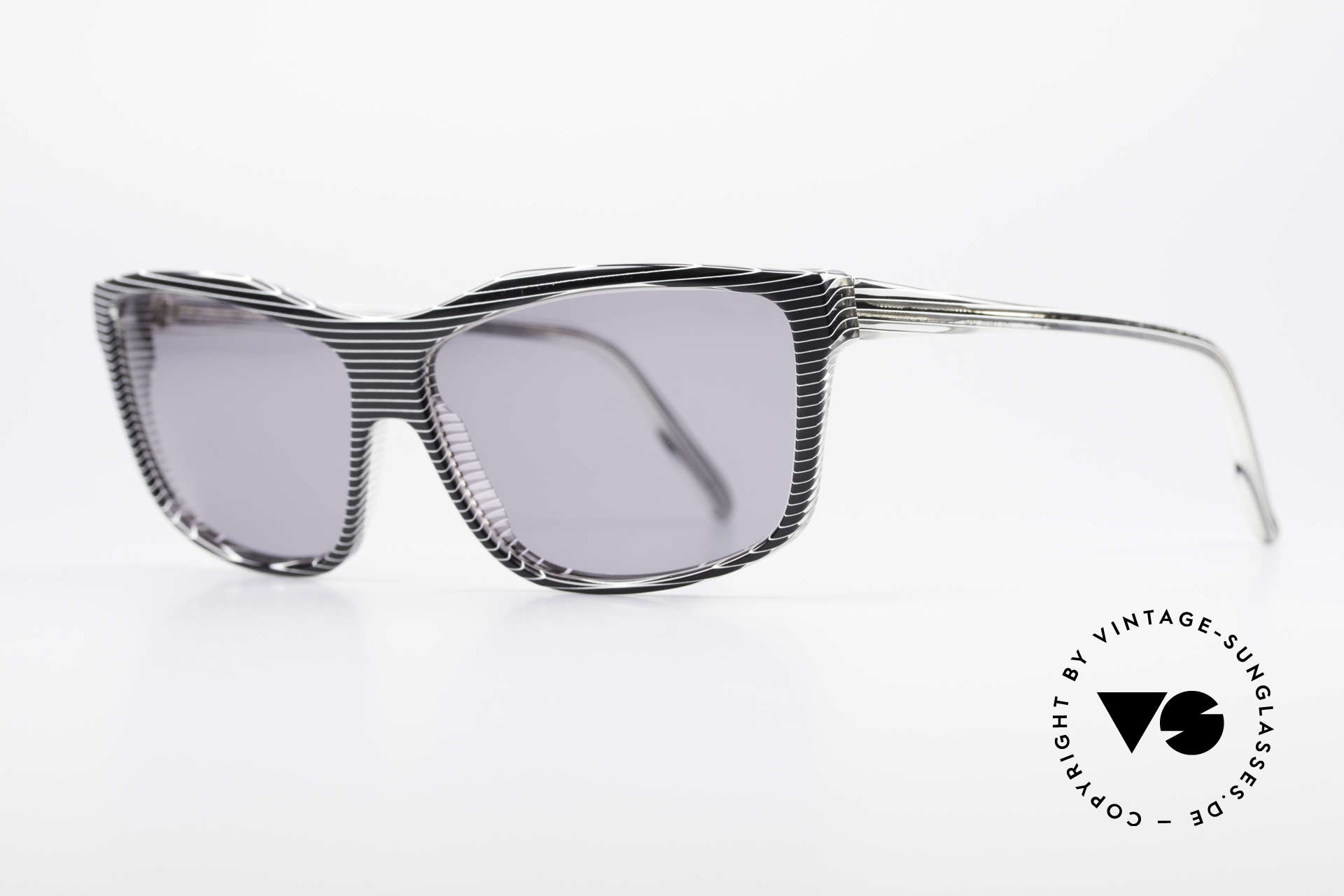 Alain Mikli 701 / 986 Rare 80s Designer Sunglasses, with gray tinted sun lenses (for 100% UV protection), Made for Women