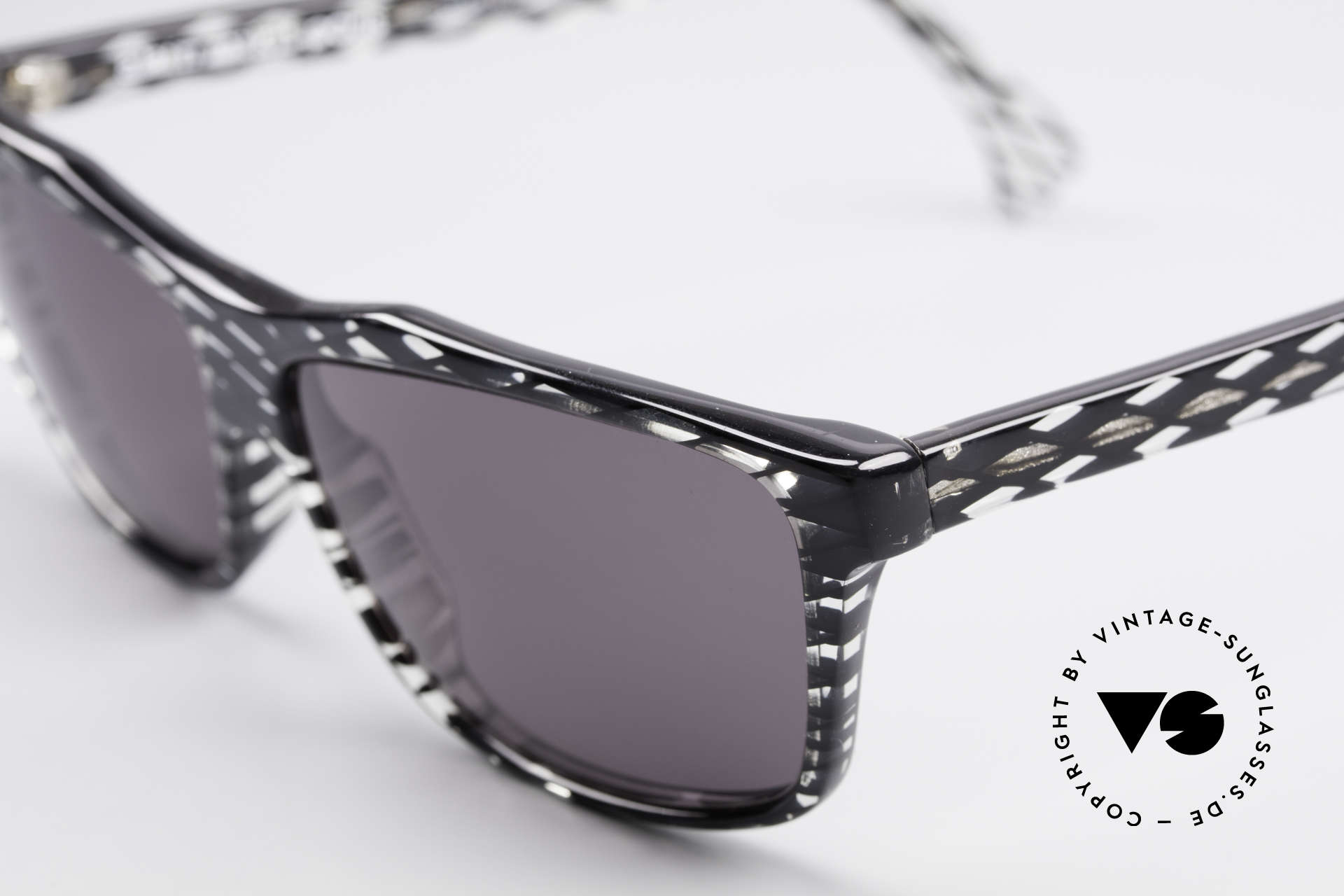 Alain Mikli 701 / 280 Designer Sunglasses Ladies, unworn (like all our vintage Alain MIKLI Paris frames), Made for Women
