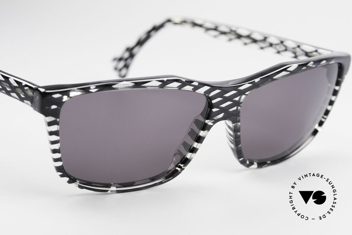 Alain Mikli 701 / 280 Designer Sunglasses Ladies, NO retro specs, but a precious 30 years old ORIGINAL, Made for Women