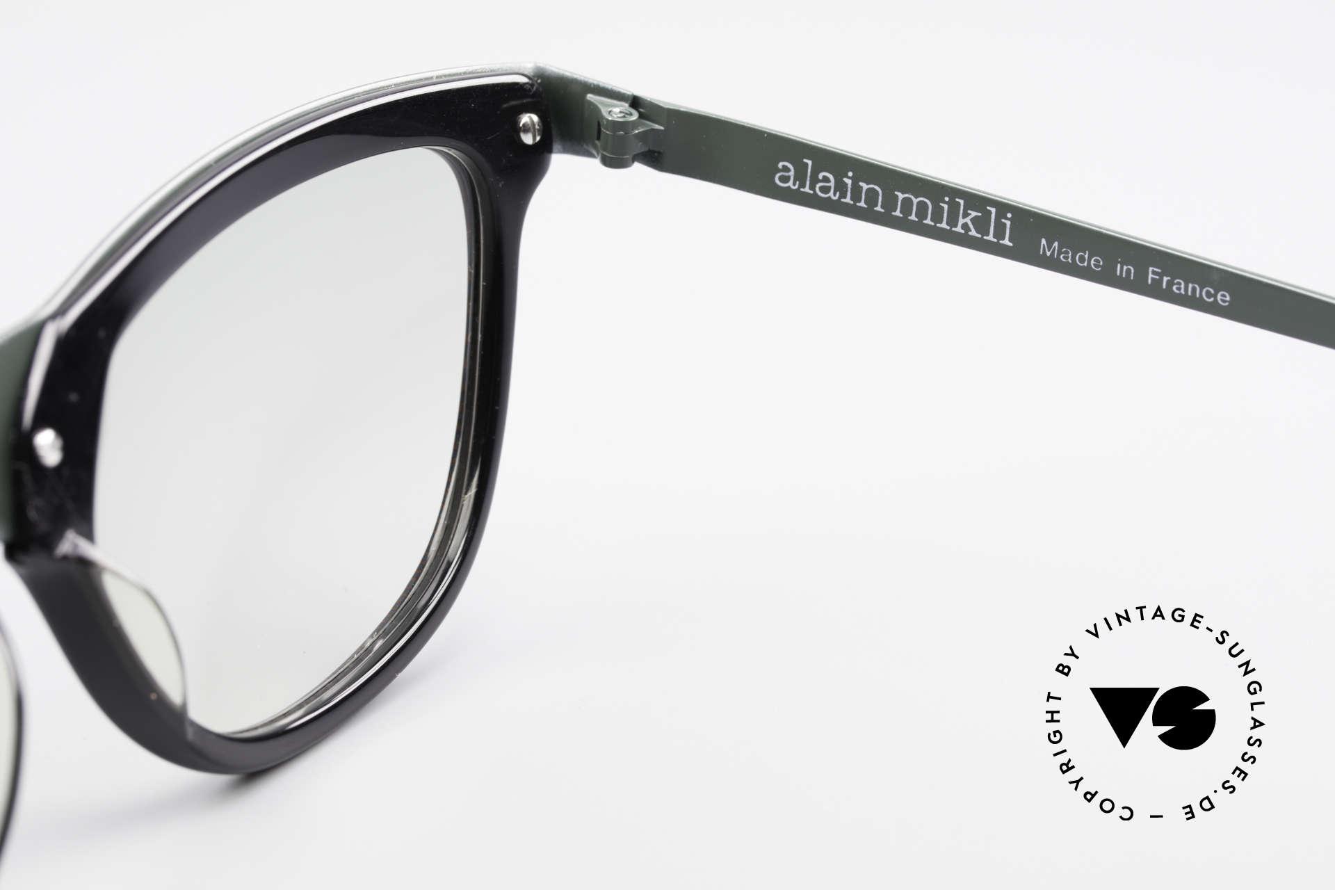 Alain Mikli 624 / 836 Hologram Effect Sunglasses, unworn NOS rarity from 1989 (NO RETRO sunglasses), Made for Women