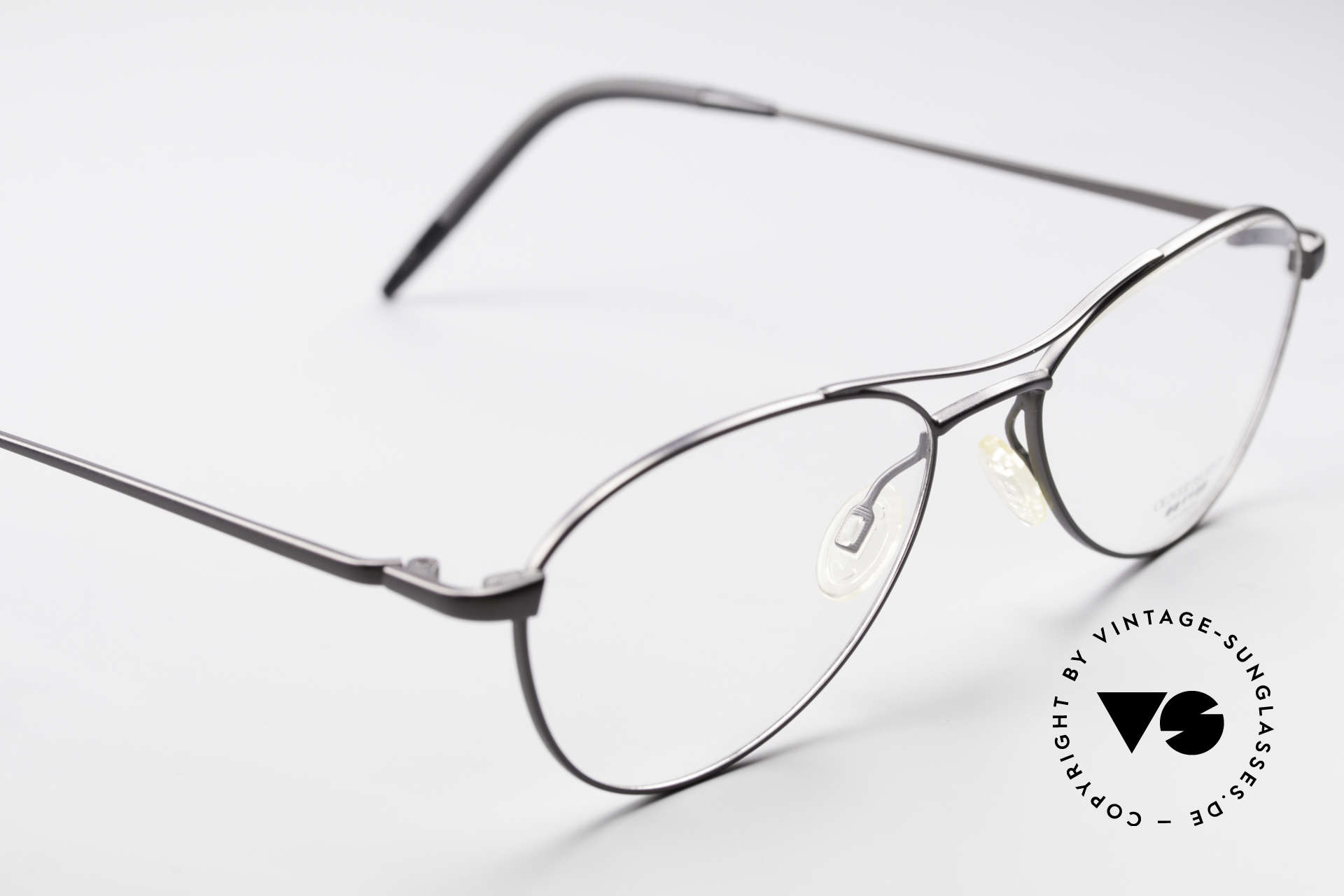 Oliver Peoples Aero Extraordinary Aviator Glasses, unworn rarity (like all our vintage O. Peoples glasses), Made for Men