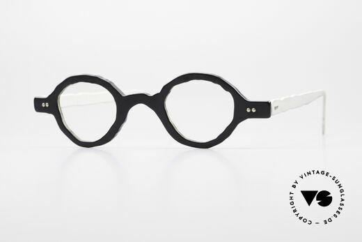 Theo Belgium Eye-Witness BD30 Avant-Garde Vintage Glasses Details