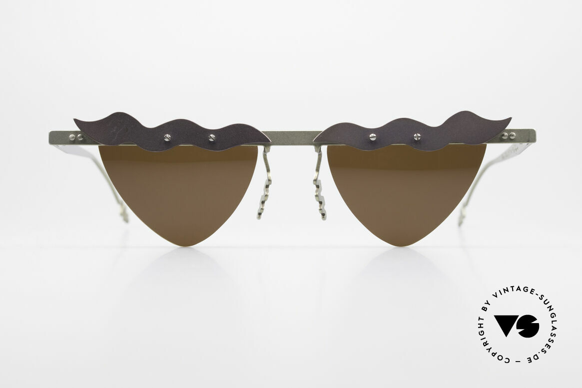Theo Belgium Tita II C10 Heart Shaped Sun Lenses, founded in 1989 as 'anti mainstream' eyewear / glasses, Made for Women