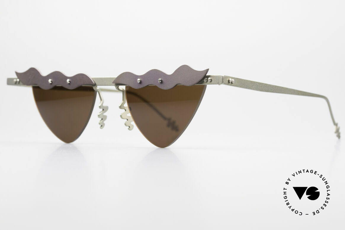 Theo Belgium Tita II C10 Heart Shaped Sun Lenses, TITA SERIES = XL titanium frames by Theo from the 90's, Made for Women
