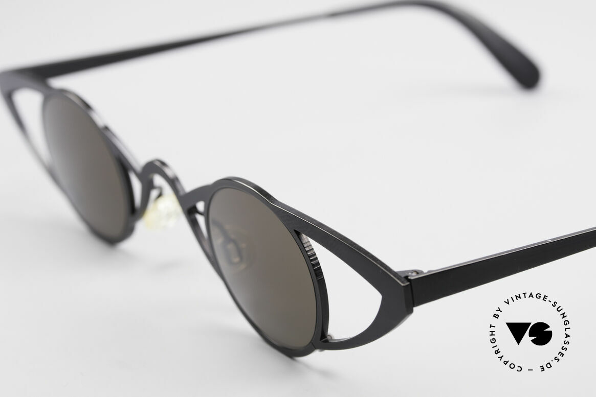 Theo Belgium Saturnus Round Designer Sunglasses, spectacular WIDE frame construction with round lenses, Made for Women