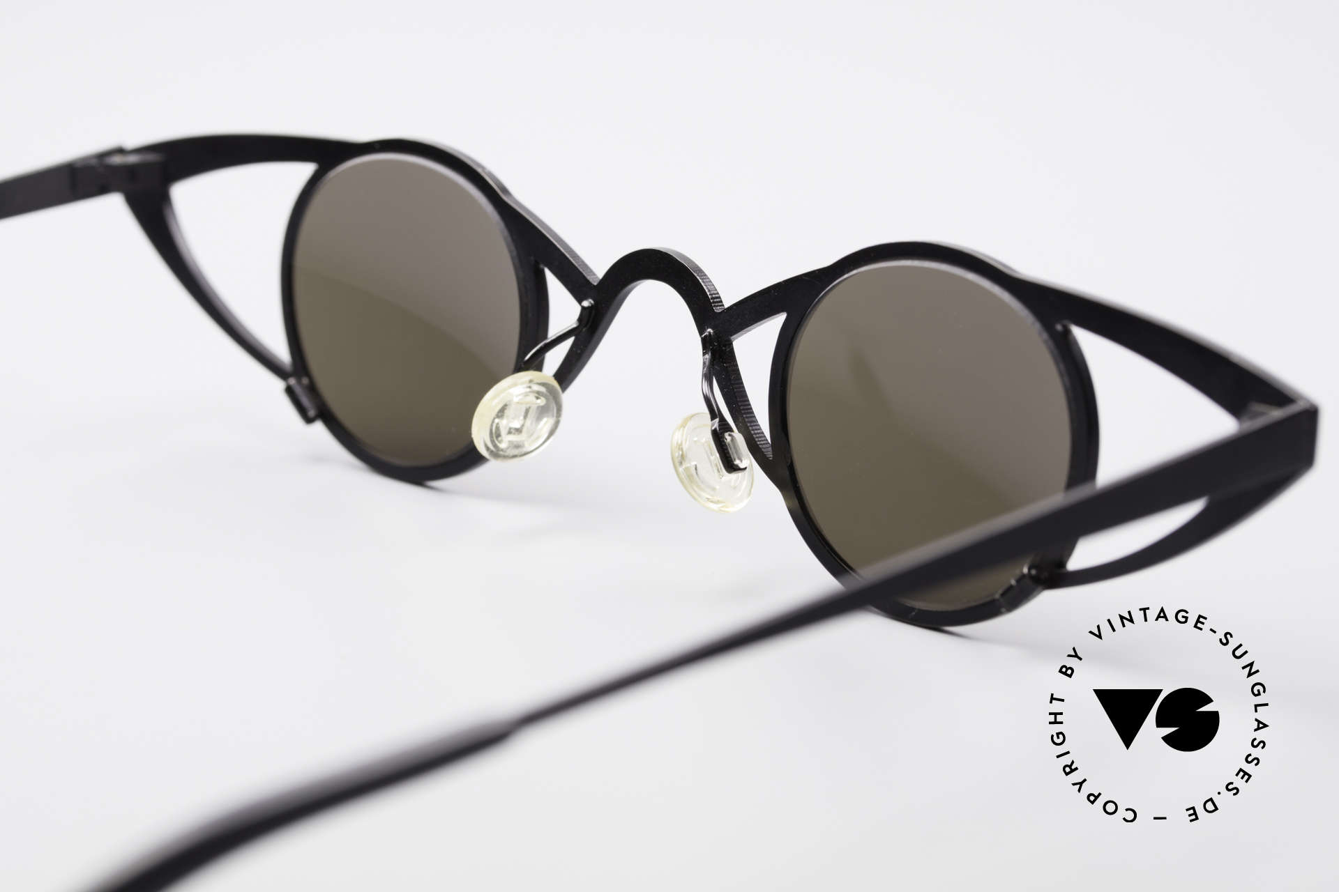 Theo Belgium Saturnus Round Designer Sunglasses, Size: large, Made for Women
