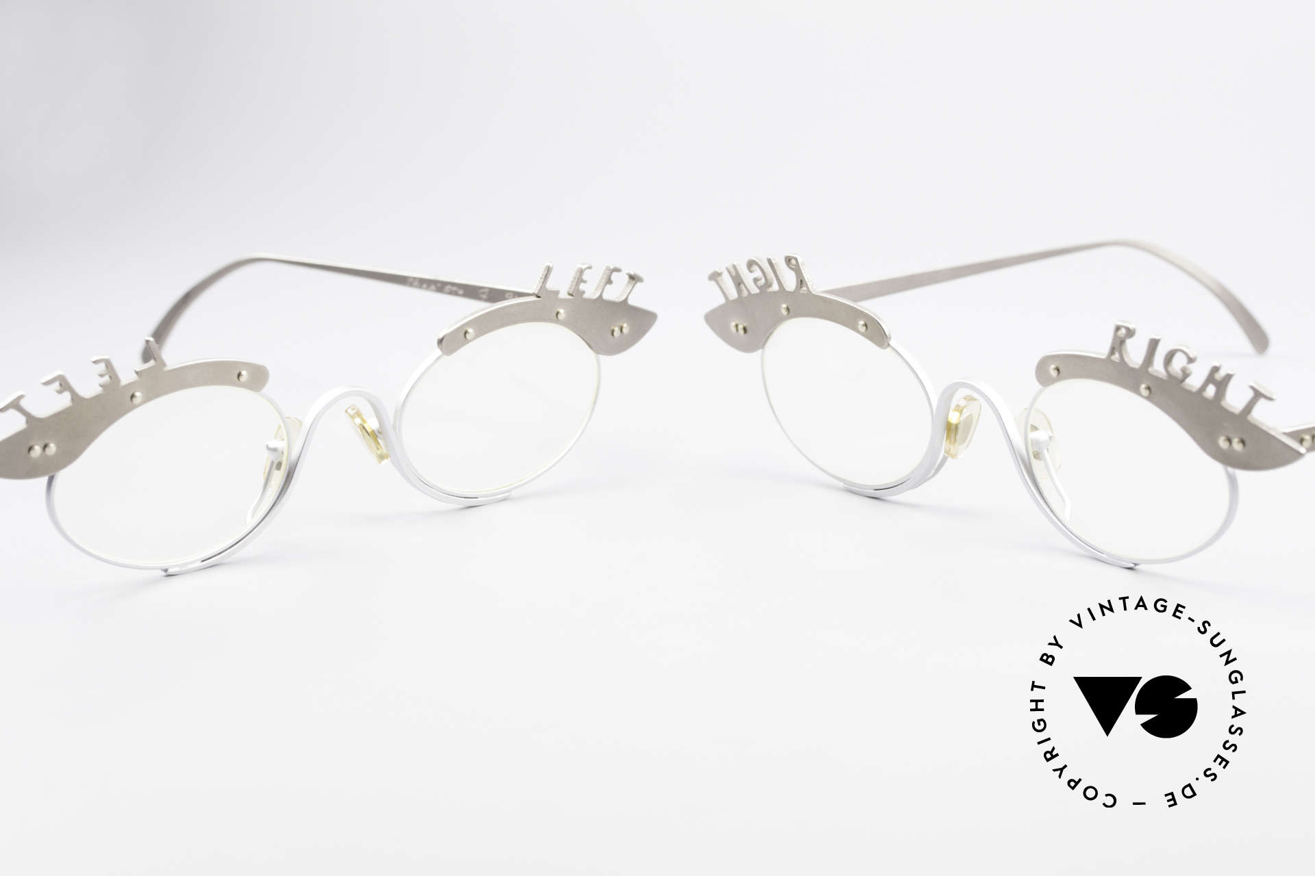 Theo Belgium Pro6 & Pro7 Two Glasses Left and Right, founded in 1989 as 'opposite pole' to the 'mainstream', Made for Women