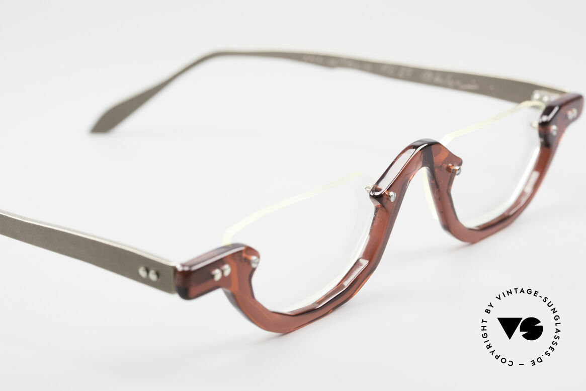 Theo Belgium Eye-Witness AE27 Crazy Reading Eyeglasses, these specs were apparently unfinished & asymmetrical, Made for Men and Women