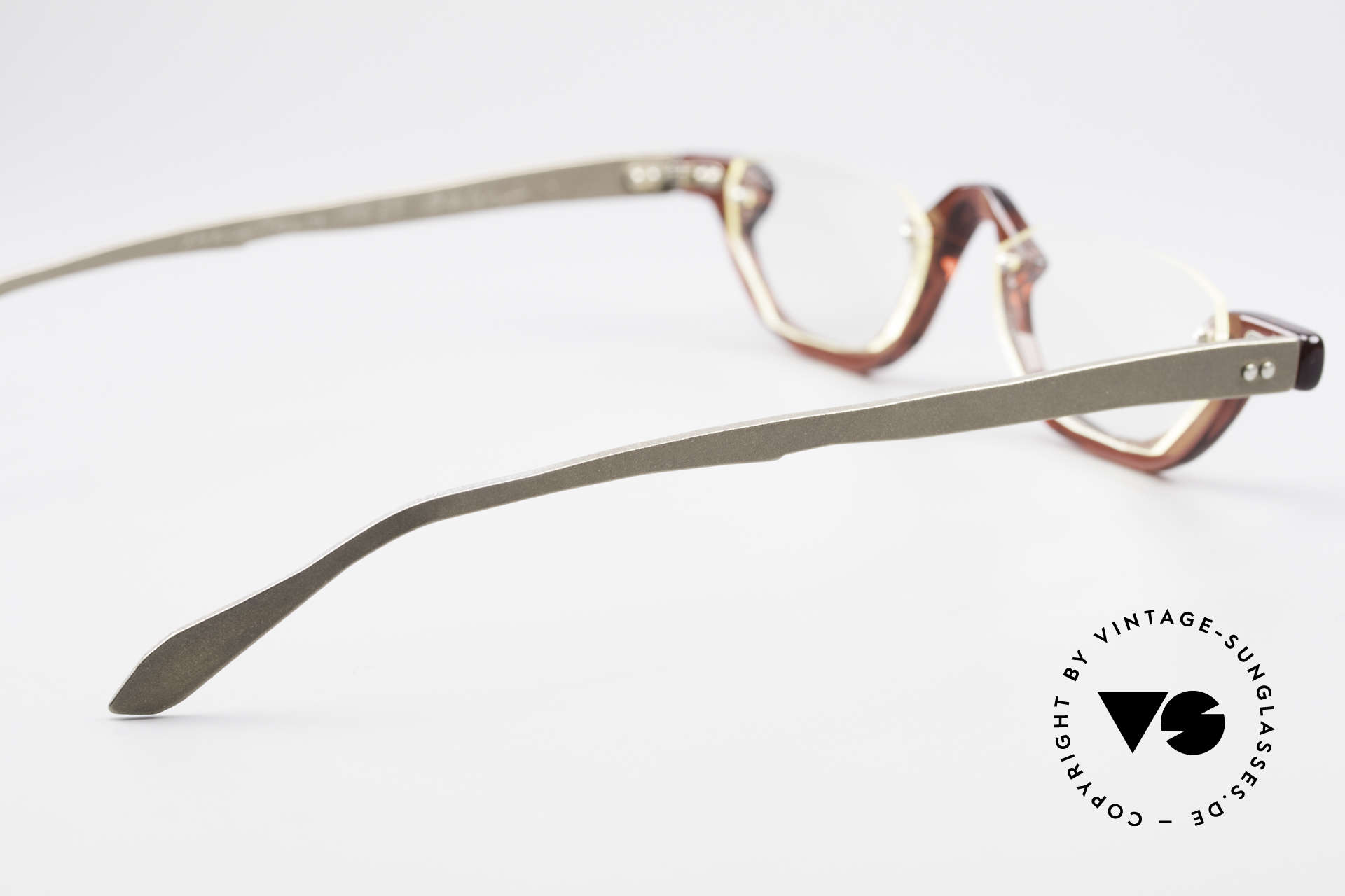 Theo Belgium Eye-Witness AE27 Crazy Reading Eyeglasses, for instance: lenses are fixed with screws at the frame, Made for Men and Women
