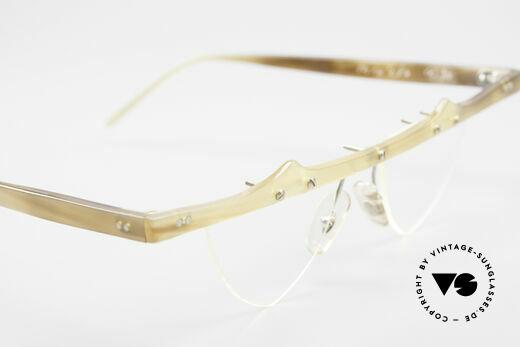Theo Belgium Eta Heart Glasses Buffalo Horn, the enchanting DEMO lenses can be replaced optionally, Made for Women