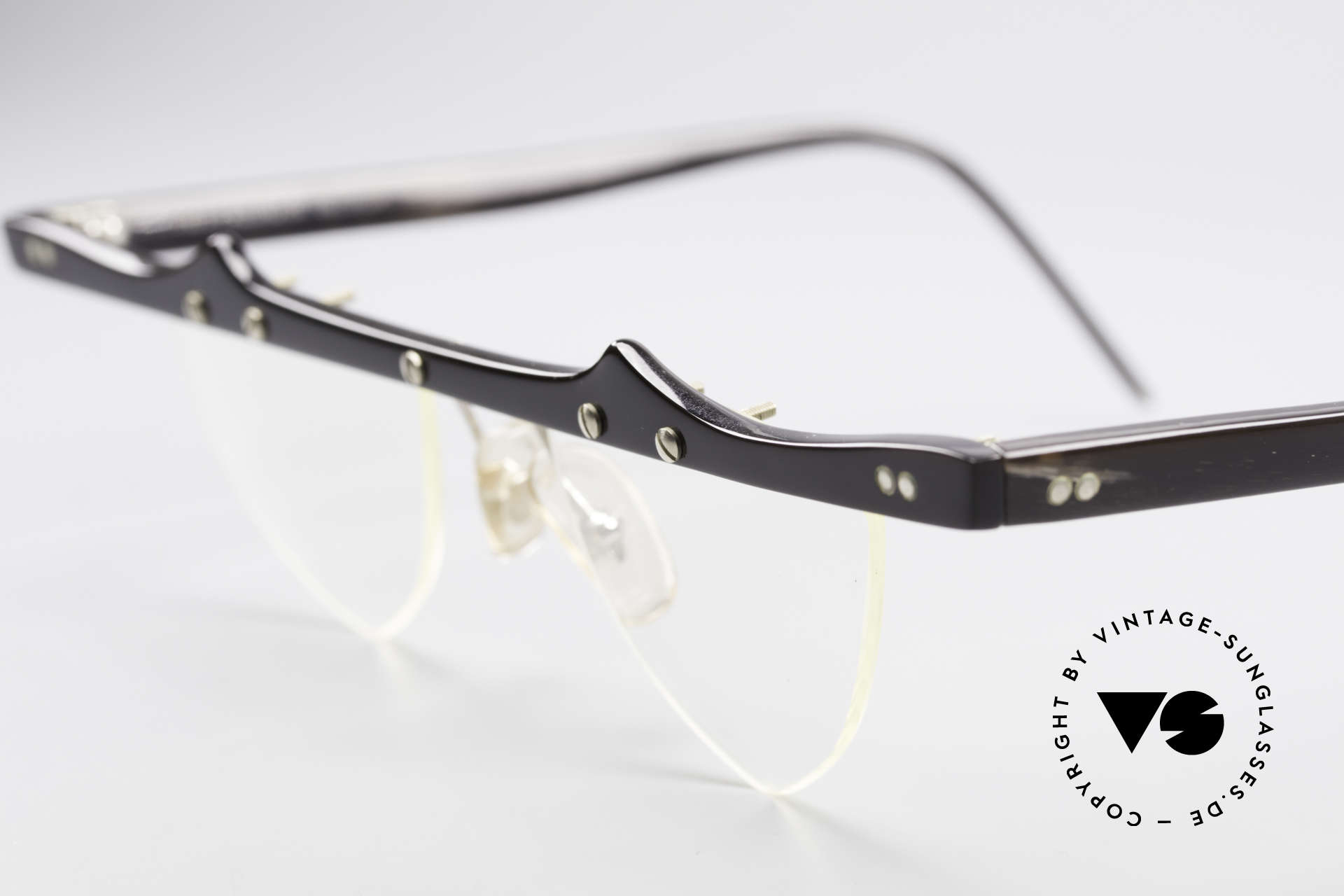Theo Belgium Eta Heart Shaped Frame Horn XL, this XL model was made with heart-shaped demo lenses, Made for Women