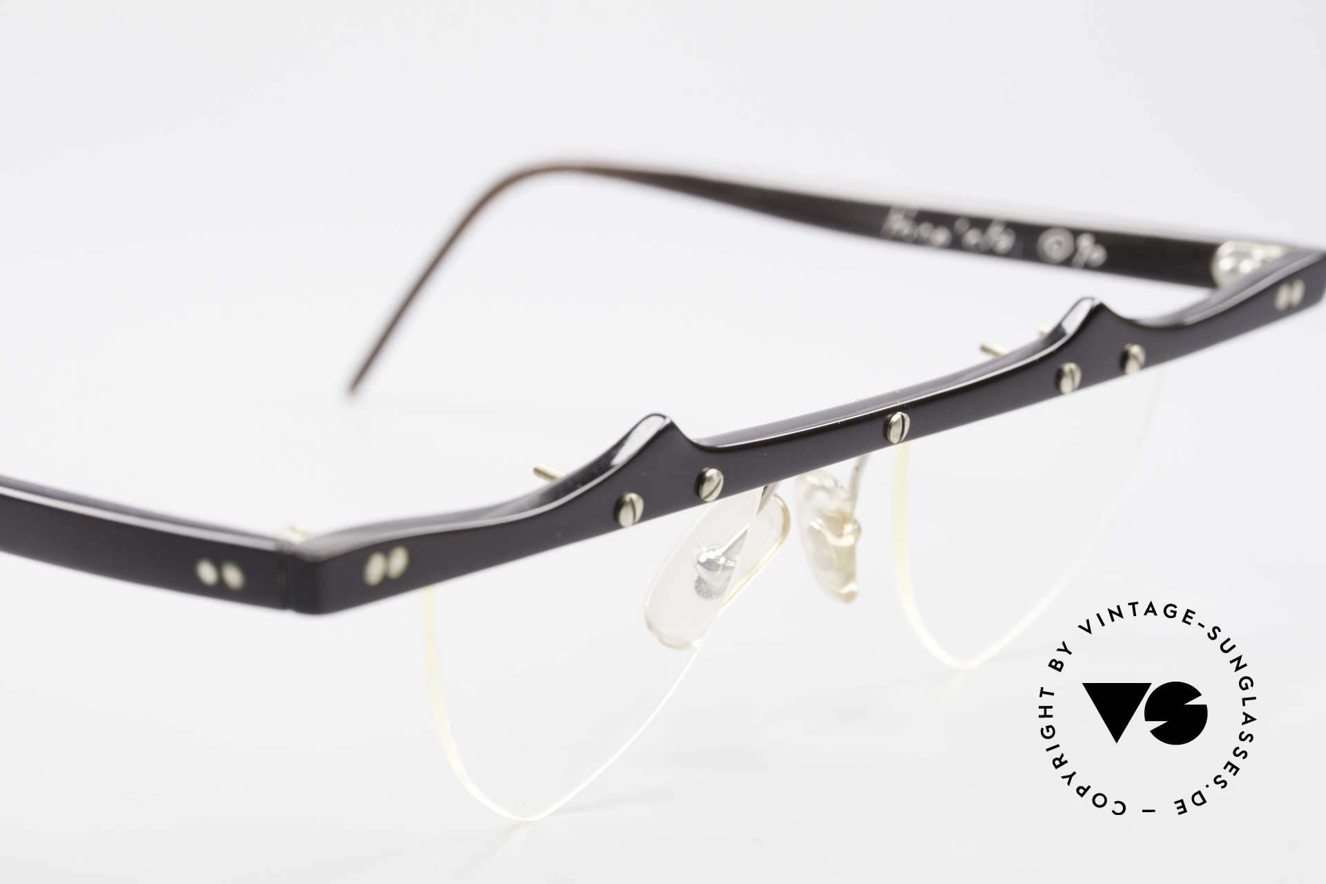 Theo Belgium Eta Heart Shaped Frame Horn XL, never worn, one of a kind; Theo frame for all who dare!, Made for Women