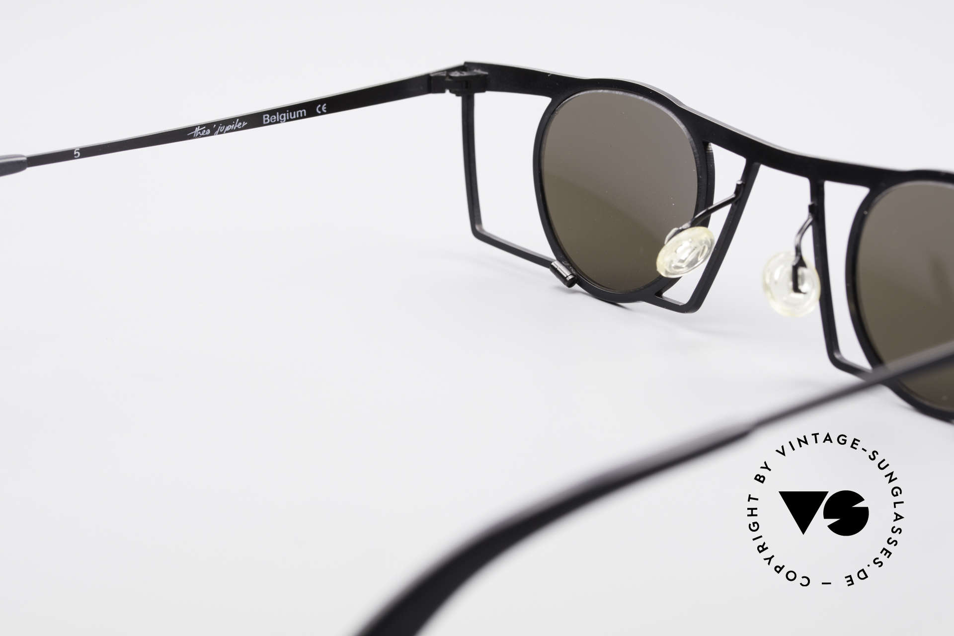 Theo Belgium Jupiter Square Designer Sunglasses, so to speak: vintage sunglasses with representativeness, Made for Men and Women