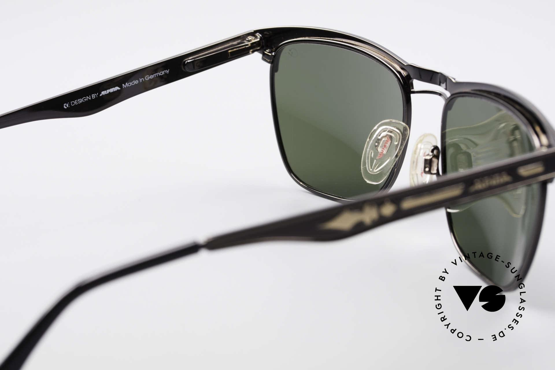 Alpina THE SPEARHEAD No Retro Sunglasses 1990's, a timeless classic by Alpina (100% UV protection), Made for Men and Women