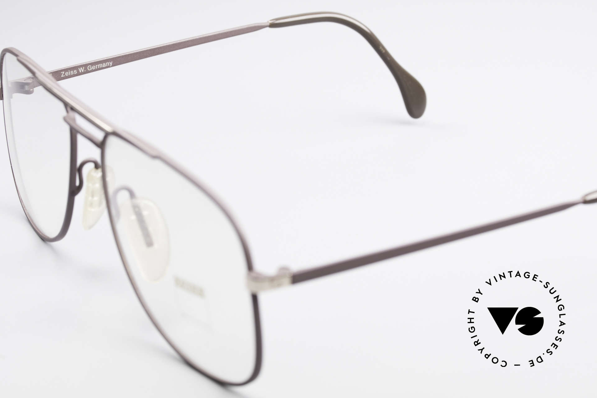 Zeiss 5886 Old 80's Eyeglass-Frame Men, frame is made for optical lenses or tinted sun lenses, Made for Men