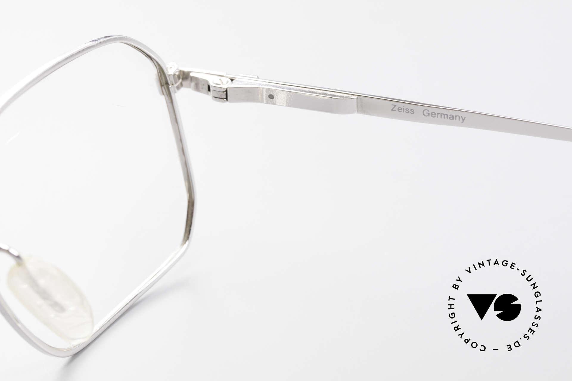 Zeiss 5922 Rare Old 90's Eyeglasses Men, the frame is made for optical lenses / tinted sun lenses, Made for Men