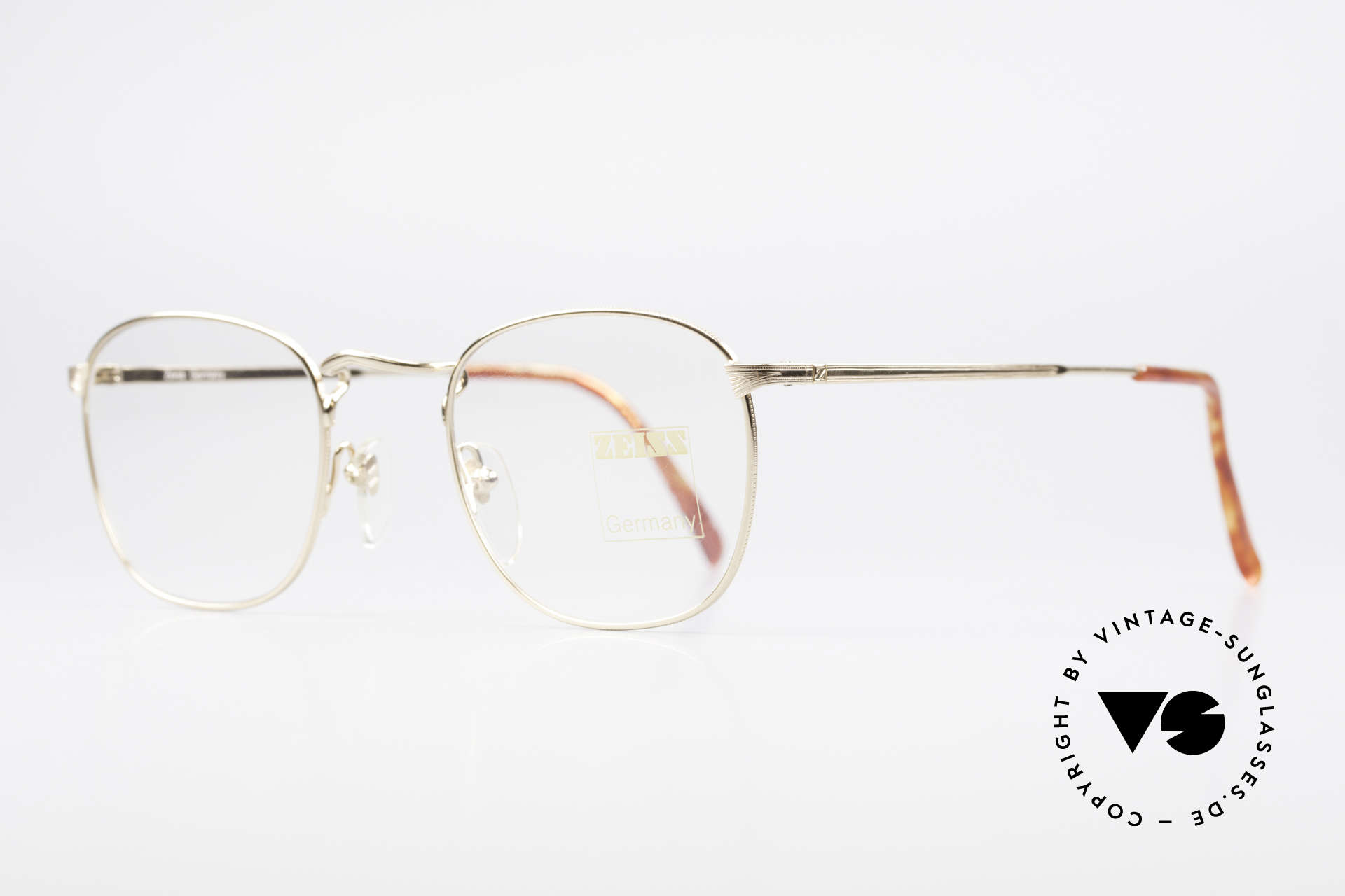 Zeiss 5988 Old Vintage 90's Glasses Men, timeless, monolithic design in a SMALL size (122mm), Made for Men