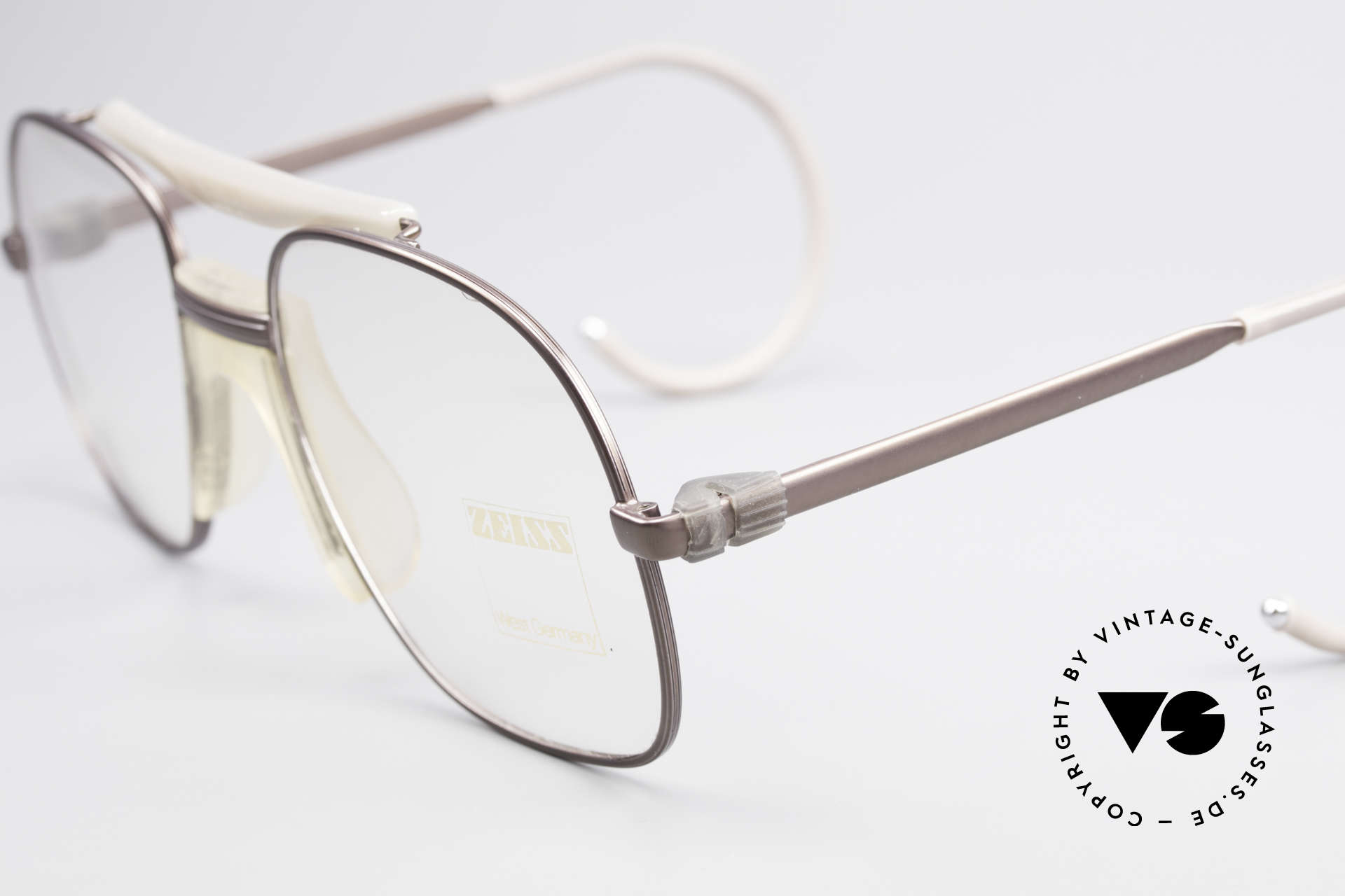 Zeiss 7037 80's Old School Sports Glasses, headstrong frame design & coloring (Check the pics!), Made for Men