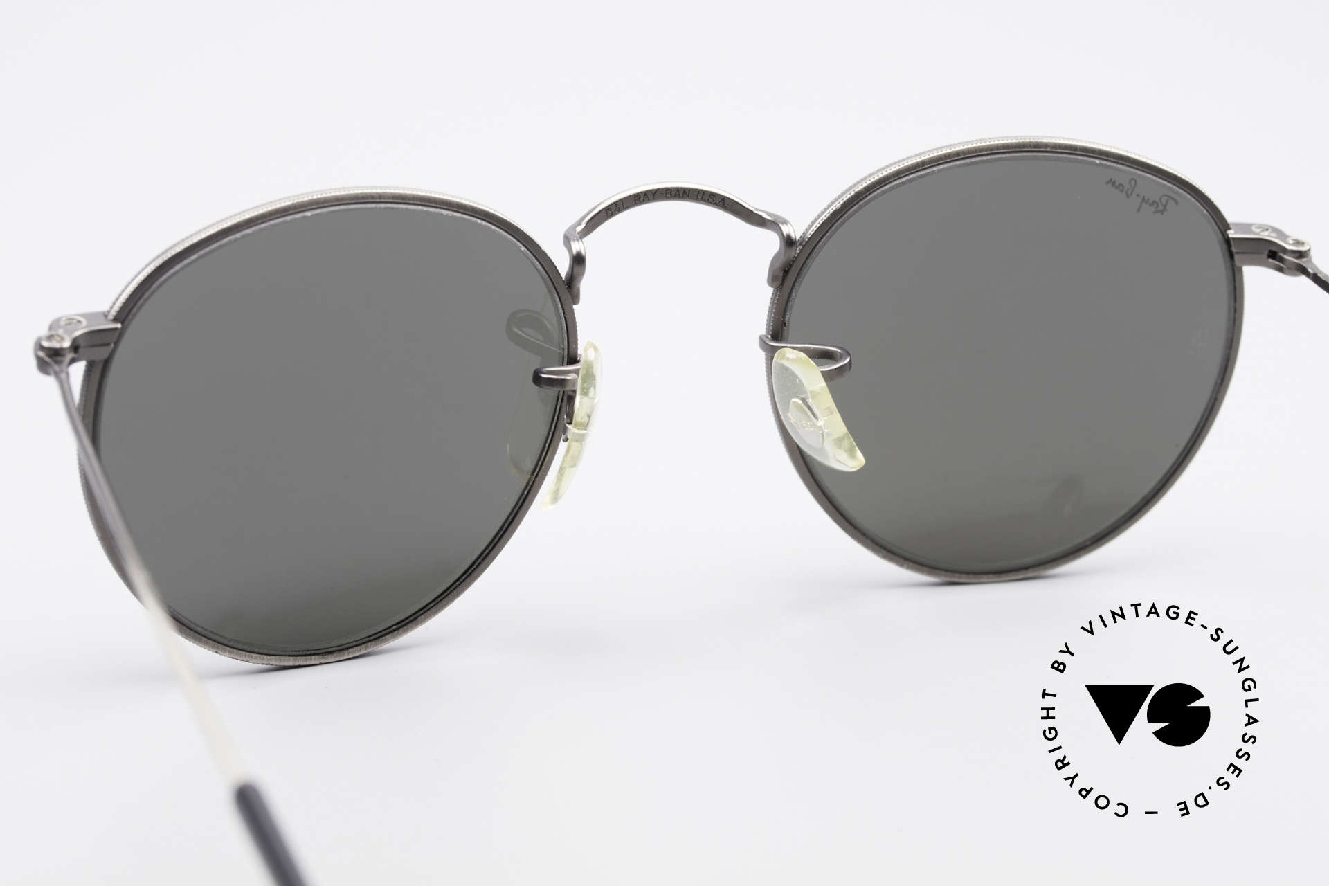Ray Ban Round Metal 47 Mirrored B&L USA Sunglasses, original name: B&L Small Round Metal, W1575, 47mm, Made for Men and Women