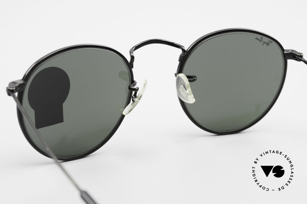 Ray Ban Round Metal 47 Small Round USA Sunglasses, NO RETRO EYEWEAR, but a rare old 1980's Original!, Made for Men and Women