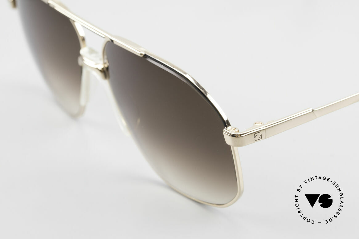 Zeiss 5906 Old 80's Quality Aviator Shades, classic masculine frame design: gold-black finish, Made for Men
