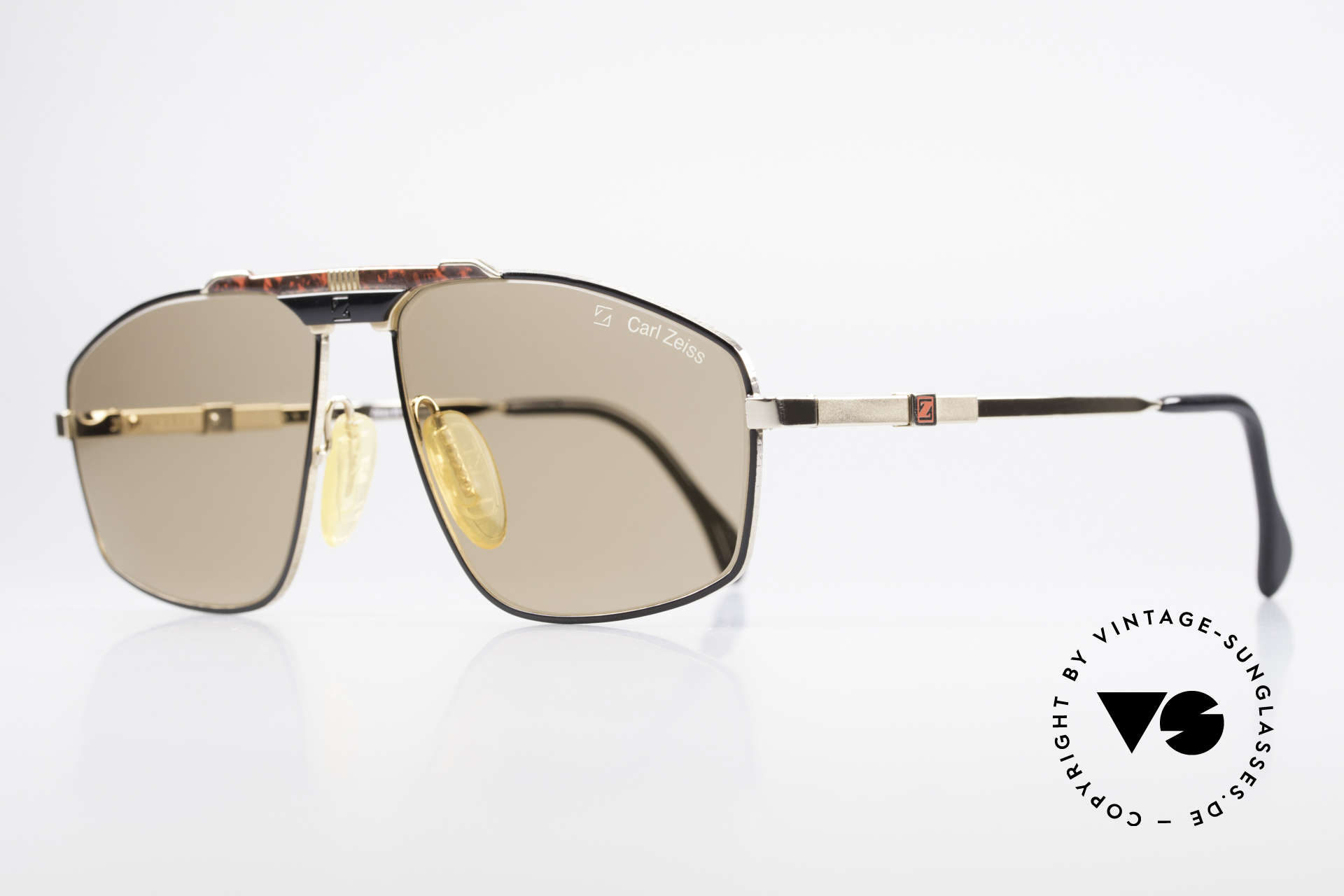 Zeiss 9925 Gentlemen's 80's Sunglasses, coated and non-reflecting lenses & adjustable temples, Made for Men