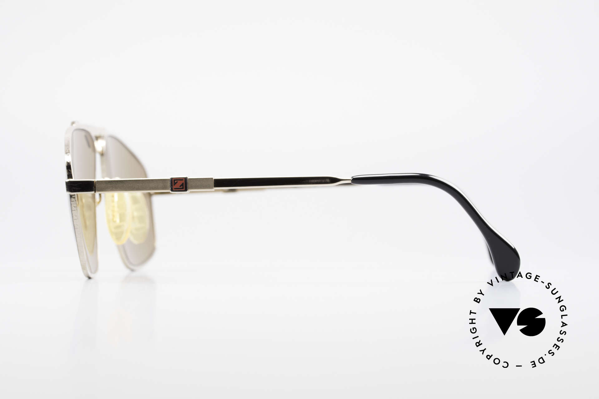 Zeiss 9925 Gentlemen's 80's Sunglasses, NO RETRO SHADES, but TRUE VINTAGE 80's sunglasses, Made for Men