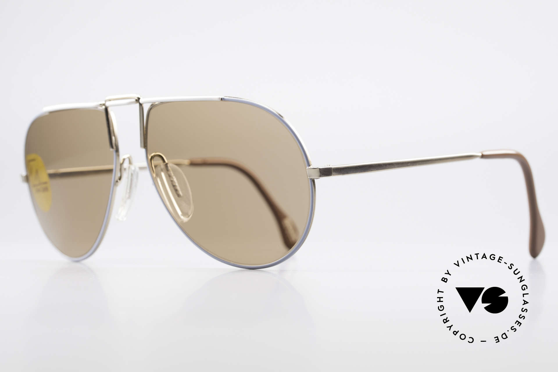 Zeiss 9357 Rare Aviator Sunglasses 80's, noble frame coloring with gold, blue and white, Made for Men and Women